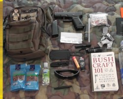 My EDC Pack Contents 3V Gear Posse Sling | Living Survival