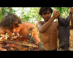 Primitive Technology – Find Crocodile by Spear in river